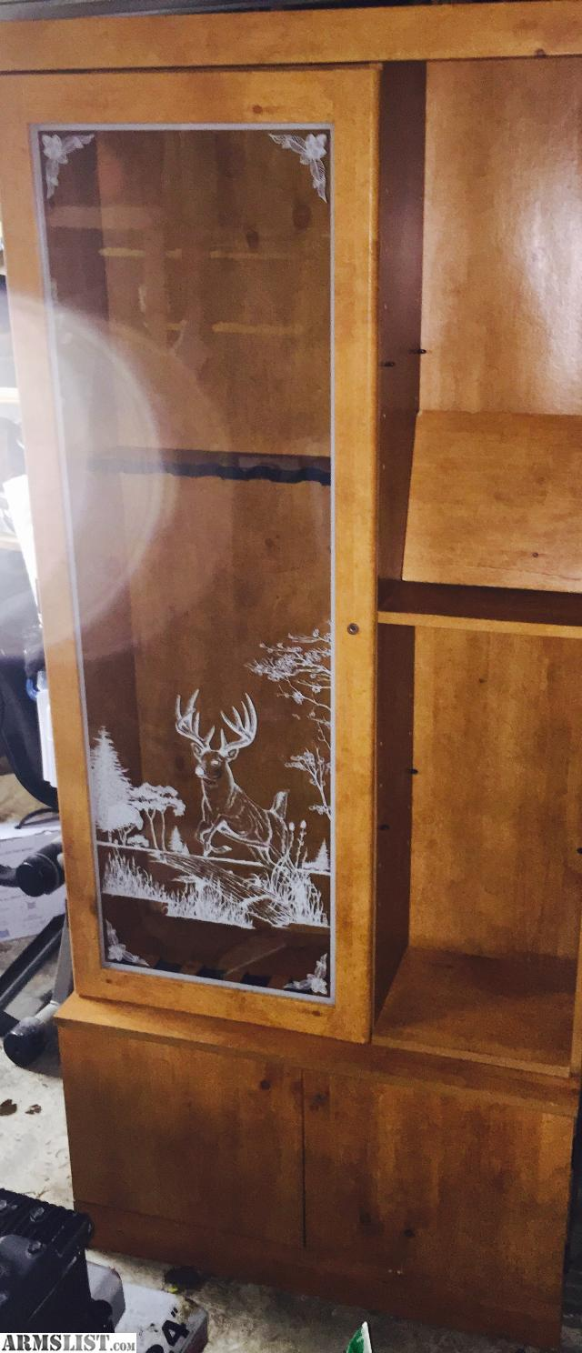 ARMSLIST - For Sale/Trade: Glass etched gun cabinet, lockable.