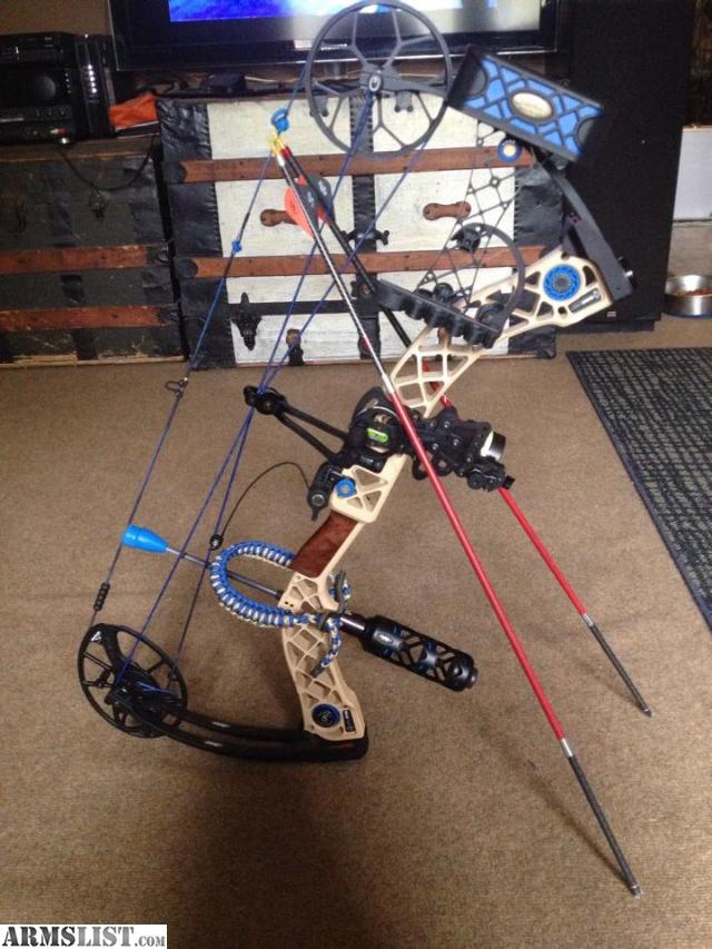 Mathews Creed Xs Desert Tan Ri on Blue And Black Mathews Creed