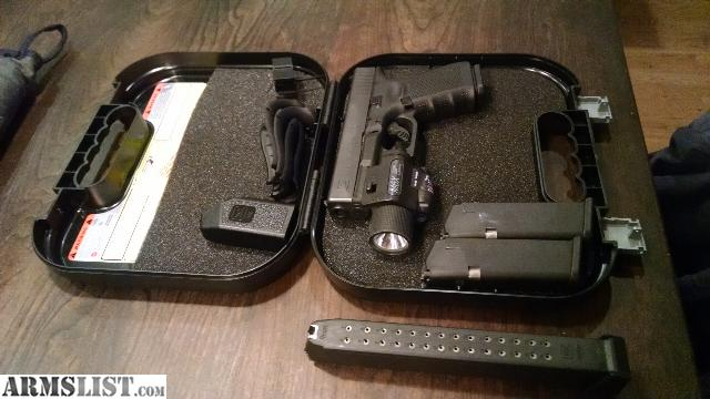 ARMSLIST - For Sale: Glock 19 Gen 4 With Stream light M6 ...