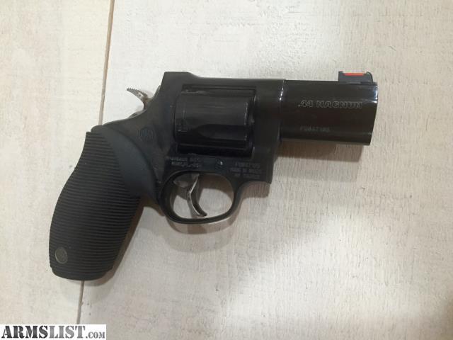 ARMSLIST - For Sale: Rossi Snub Nose .44 mag44 Magnum Snub Nose Revolver