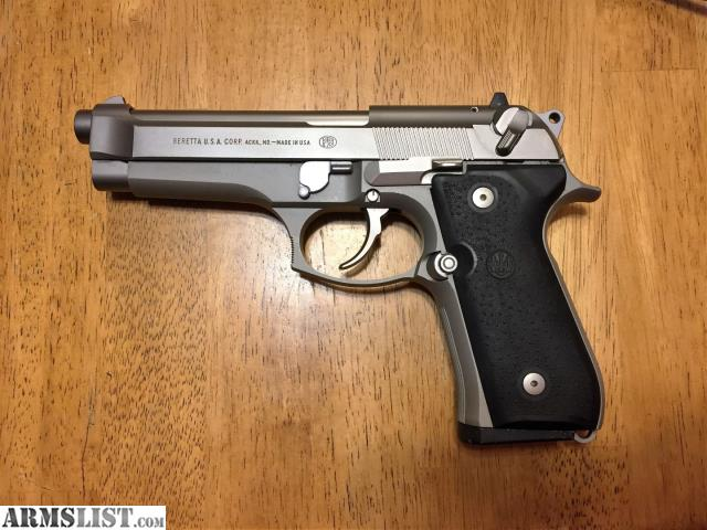 ARMSLIST - For Sale: Beretta 92FS Inox with 5 factory mags ...
