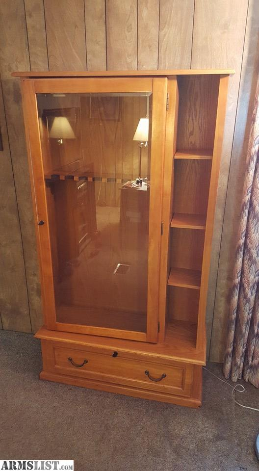 This Listing Is For A Very Nice Wooden Rifle And Pistol Display Cases. Both  Are In Very Good Shape. Pistol Case Lock Is Busted But Other Then That Its  In ...