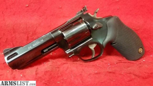 armslist for sale taurus 44c tracker 44 magnum revolver. Black Bedroom Furniture Sets. Home Design Ideas