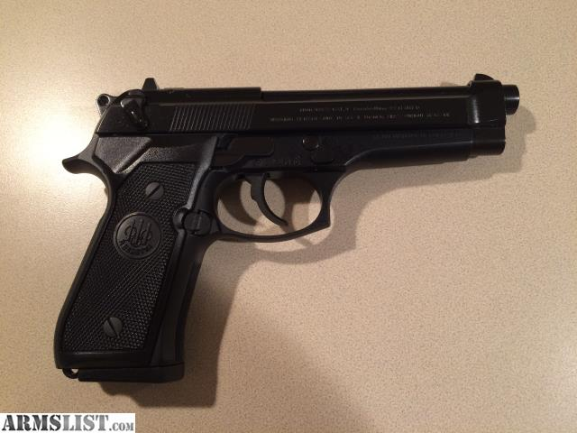 ARMSLIST - For Sale: Beretta 92FS and Accessories