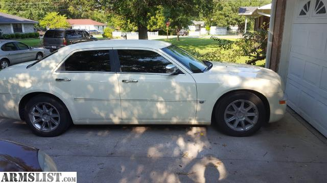 armslist for sale trade 2005 chrysler 300c hemi. Black Bedroom Furniture Sets. Home Design Ideas