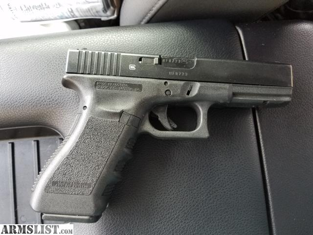 ARMSLIST - For Sale: Glock 17 9mm w fobus holster