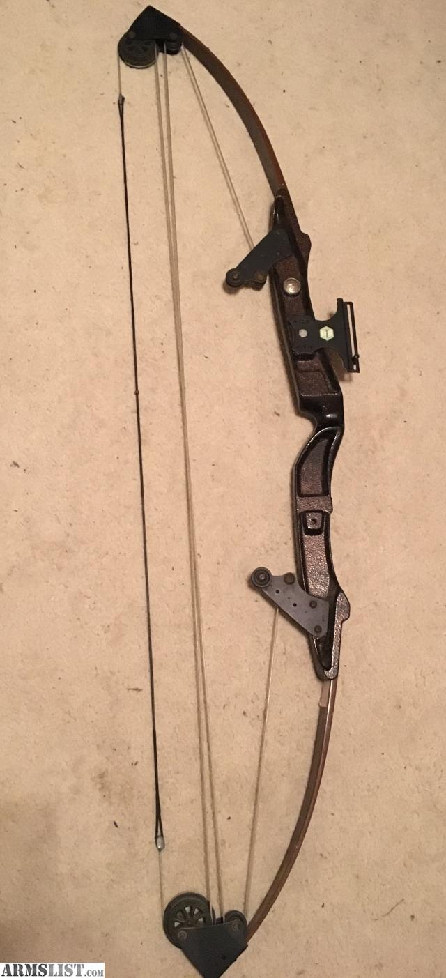 ARMSLIST - For Sale: Vintage Bear Archery 30 Whitetail