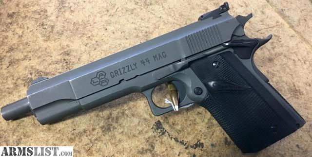 armslist for sale lar grizzly mark iv 44 mag semi auto pistol. Black Bedroom Furniture Sets. Home Design Ideas