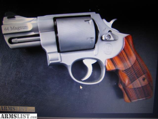 ARMSLIST - Want To Buy: WANTED;S&W 629 pc SNUB NOSE 44 MAG44 Magnum Snub Nose Revolver