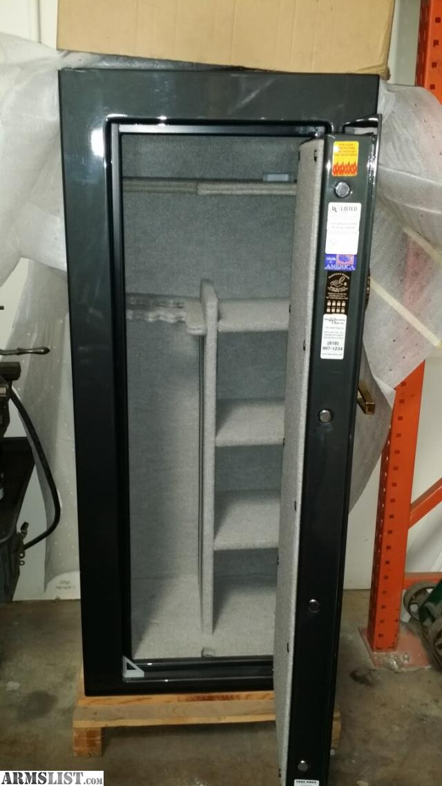 "ARMSLIST - For Sale: Brand New Fort Knox 26"" Safe"
