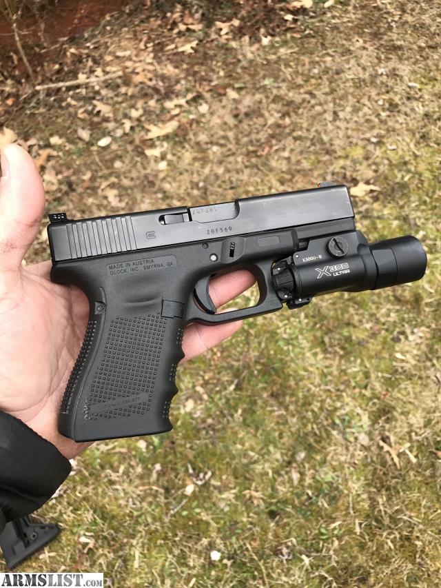 ARMSLIST - For Sale: Gen 4 Glock 19 & Surefire X300U