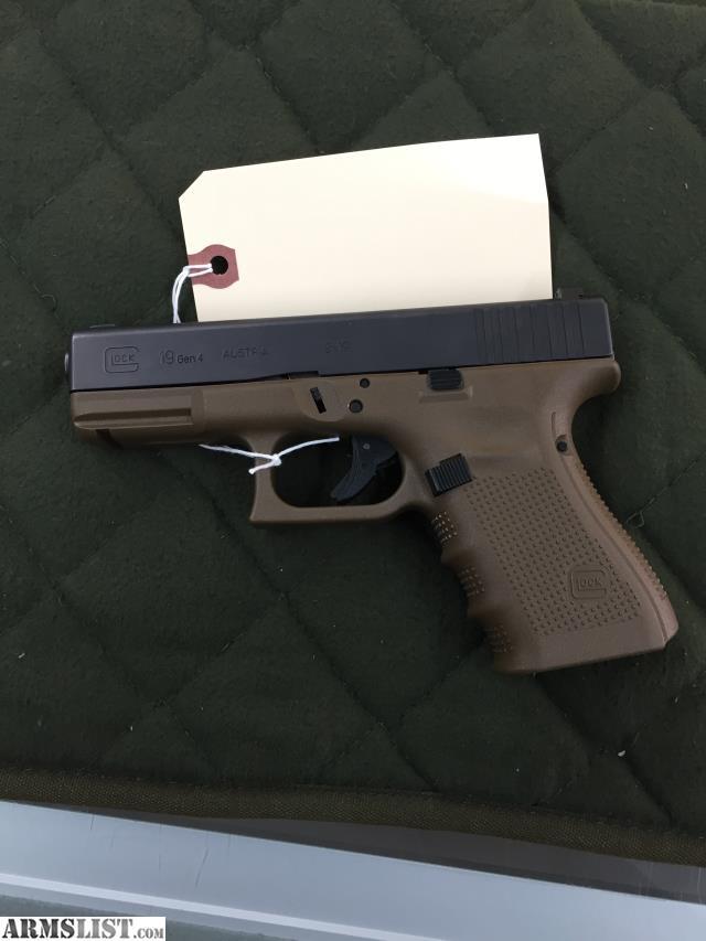 ARMSLIST - For Sale: Glock 19 FDE frame