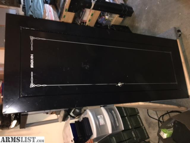 ARMSLIST - For Sale: Used Stack-On gun cabinet