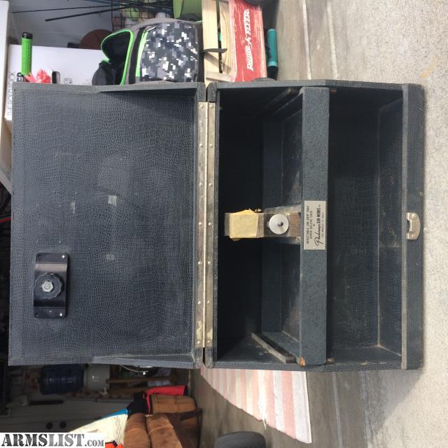 For Sale: Vintage Pachmayr Gun Case