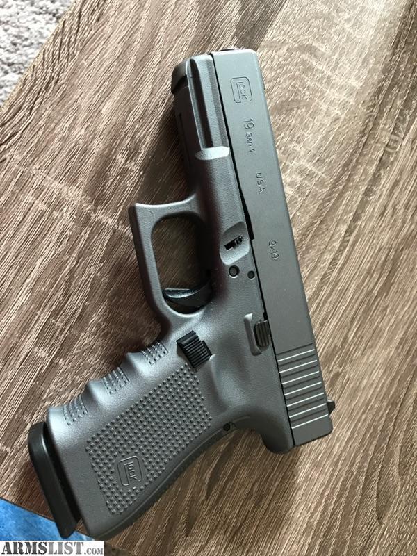 ARMSLIST - For Trade: Glock 19 Gen 4 Factory Glock Cerakote