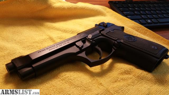 ARMSLIST - For Sale: Beretta 92FS with Blackhawk serpa ...