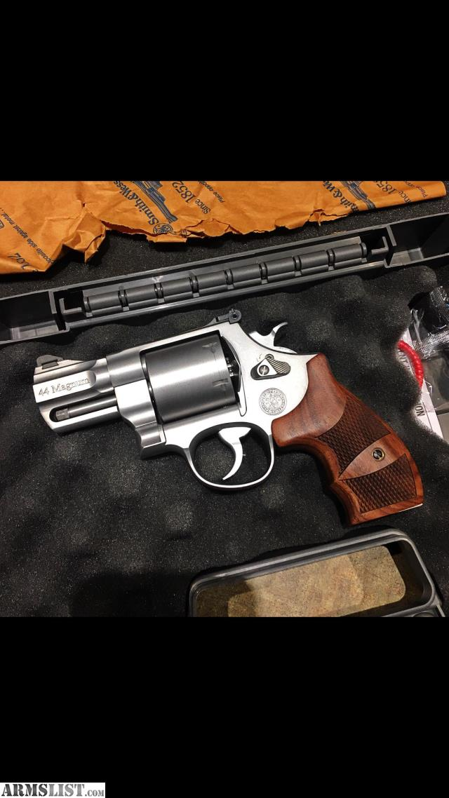 ARMSLIST - For Sale: Smith & Wesson 629 44 Magnum ...44 Magnum Snub Nose Revolver For Sale