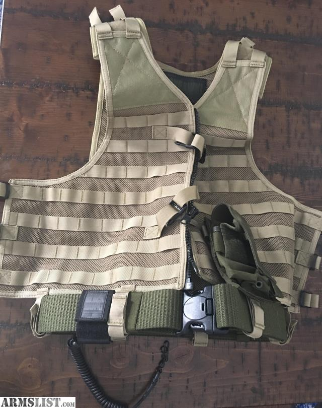 ARMSLIST - For Sale: Blackhawk Strike Vest New