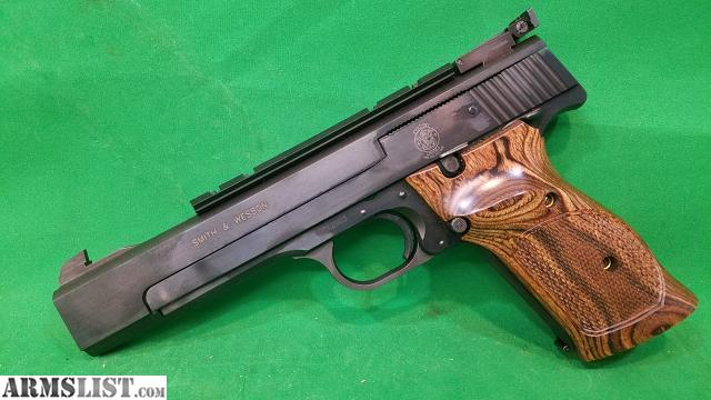 ARMSLIST - For Sale: SMITH & WESSON MODEL 41, SEMI - AUTOMATIC, 22LR