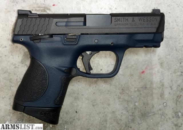 For Sale: Smith And Wesson M&P 9c W/extras