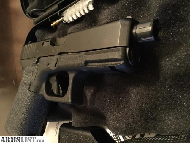 ARMSLIST - For Sale: Glock 19 Gen 5 w/ Threaded Barrel, Extra Mags