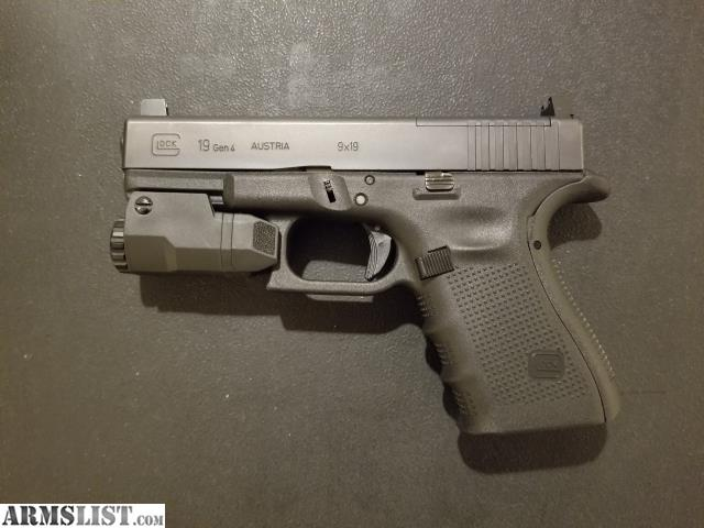 ARMSLIST - For Sale: Glock 19 Gen 4 MOS w/ APLc Light and ...