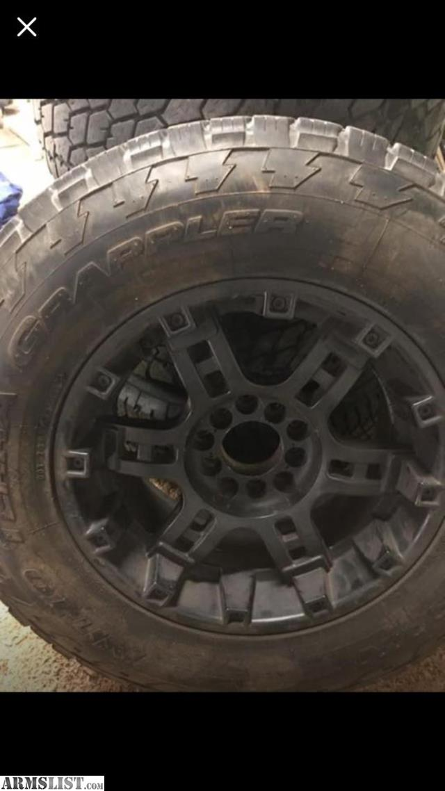 Armslist For Sale Trade 32 Tire 285 65r18 On 20 Black Rims Fit