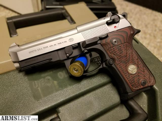 ARMSLIST - For Sale/Trade: Beretta 92FS Compact Two-Tone