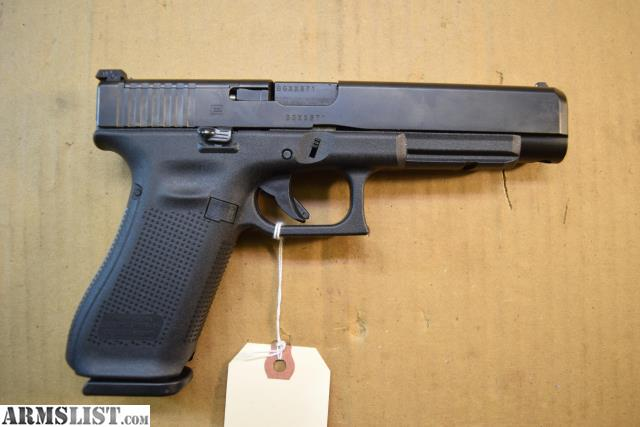 ARMSLIST - For Sale: Glock 34 Gen 5 with 2 Magazines & Extras $659 00