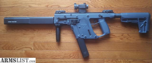 ARMSLIST - For Sale: Kriss Vector Gen 2 45 ACP w/ optic and