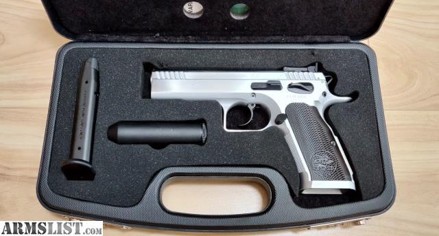 ARMSLIST - For Sale: EAA / Tanfoglio Witness Elite Stock 2 - 9mm