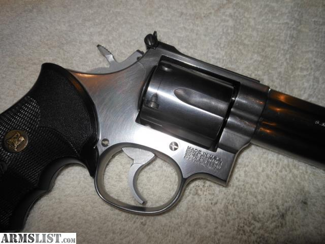 For Sale: Smith & Wesson Model 686-3 .357