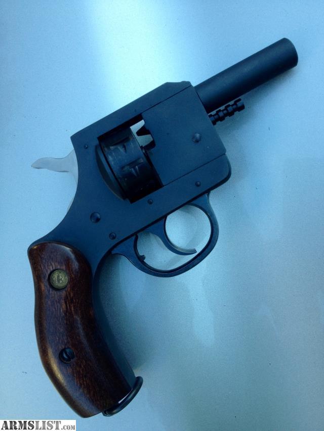 Blank Revolver