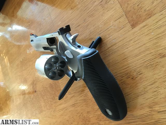 ARMSLIST - For Sale: Taurus Tracker  44 Magnum