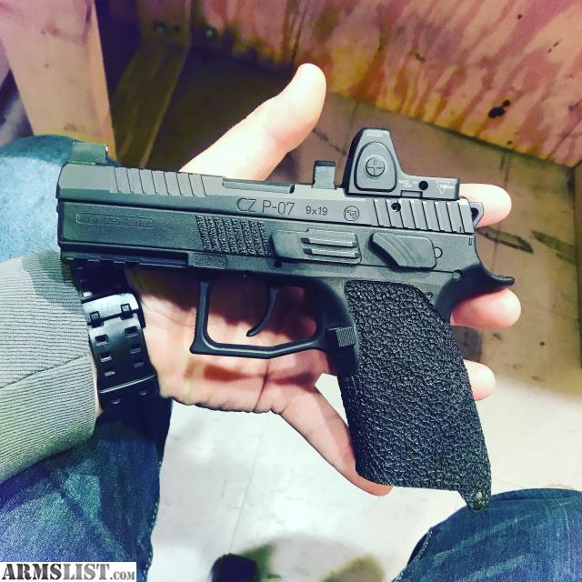 ARMSLIST - For Sale/Trade: Cz p07 with rmr