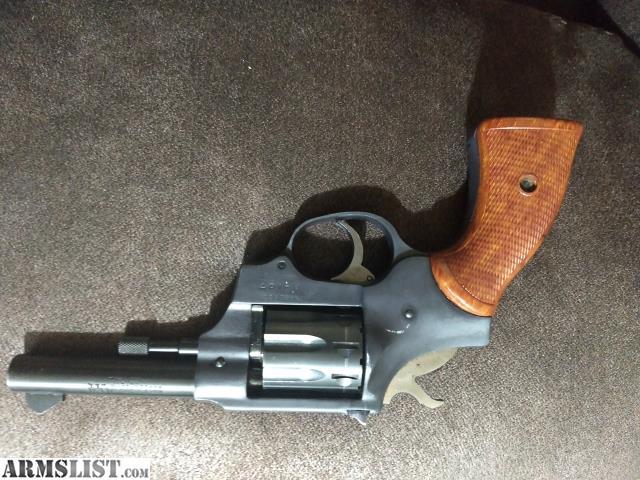 ARMSLIST - For Sale: High standard Sentinel Deluxe 9 shot 22
