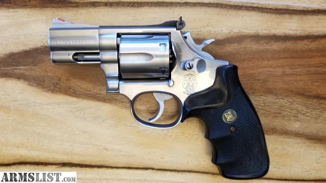 SW SS PRE LOCK 686 3 SNUB NOSE 357 MAGNUM VERY NICE AND CLEAN SOLID TIGHT 800 Obo