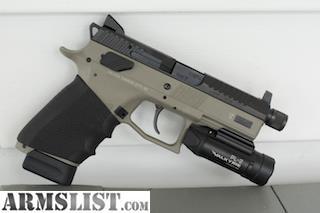ARMSLIST - For Sale/Trade: CZ P07 Urban Gray w/ O-Light PL-2