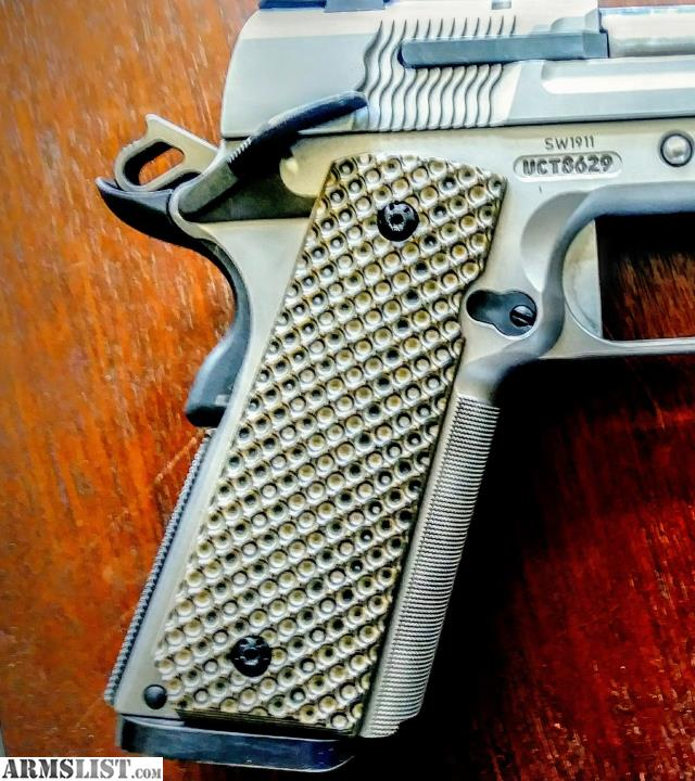 ARMSLIST - For Sale: 1911 G10 grips