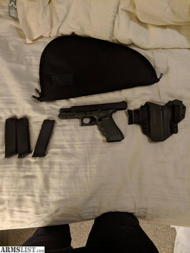 ARMSLIST - For Sale: Glock 17 Gen 4 and accessories