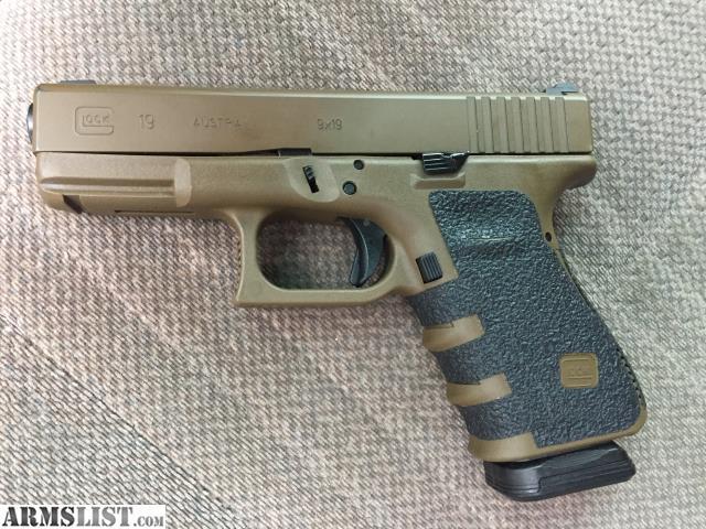 ARMSLIST - For Sale: Glock 19 FDE gen3