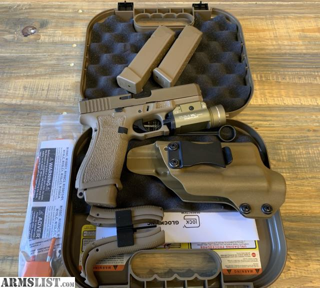 ARMSLIST - For Sale: Glock 19x Stippled/Undercut Streamlight