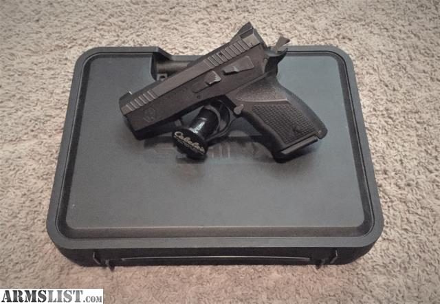 ARMSLIST - For Sale/Trade: Kriss Sphinx Subcompact SDP