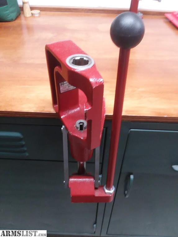 ARMSLIST - For Sale/Trade: Hornady Press, powder throw and