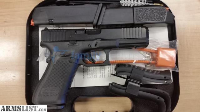 ARMSLIST - For Sale: Glock 17 Gen5 MOS 9mm 17rd Serrations