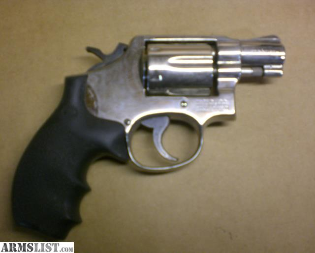 ARMSLIST - For Trade: Smith & Wesson Model 10-7 Nickel Snub