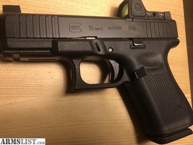 ARMSLIST - For Sale: Glock 19 Gen 5 MOS with Trijicon RMR type 2