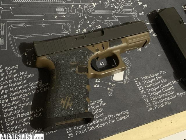 ARMSLIST - For Sale/Trade: Larry Vickers Glock 19 RTF2 FDE