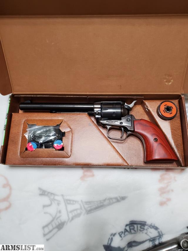 [Image: 10132438_01_heritage_arms_sa_22_revolver_640.jpg]