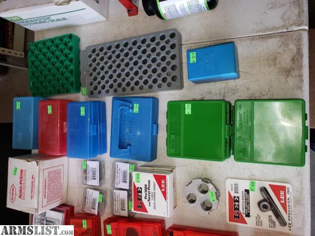 ARMSLIST - For Sale: Reloading Garage Sale